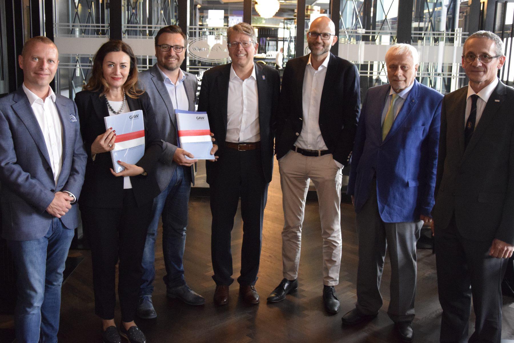 Südtirol braucht einen Plan B – Studien zur Eigenstaatlichkeit präsentiert!