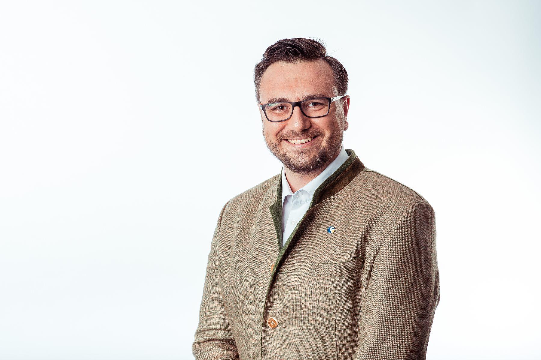 """""""Kurz und Kern – SVP blinkt links und rechts gleichzeitig"""""""