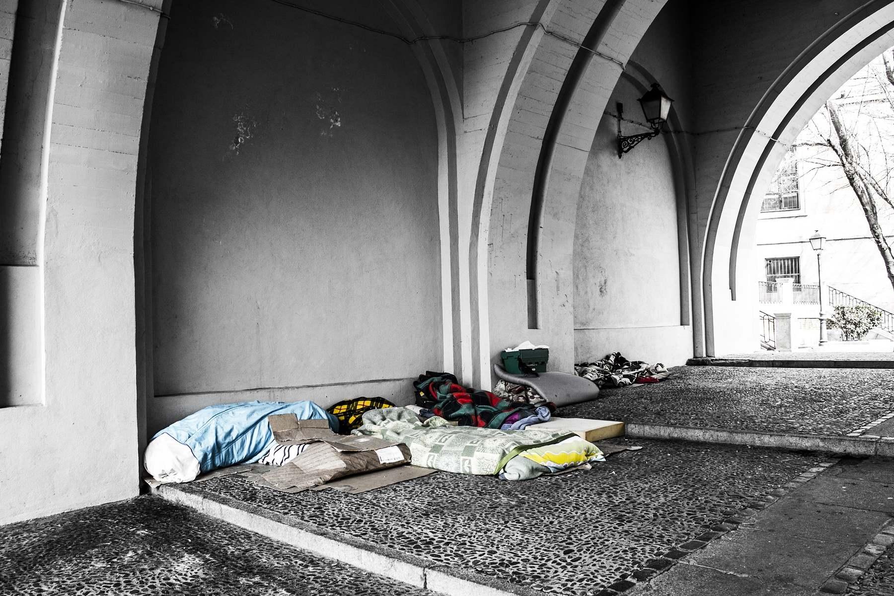 Anfrage – Asoziale Zustände am Zugbahnhof in Bruneck