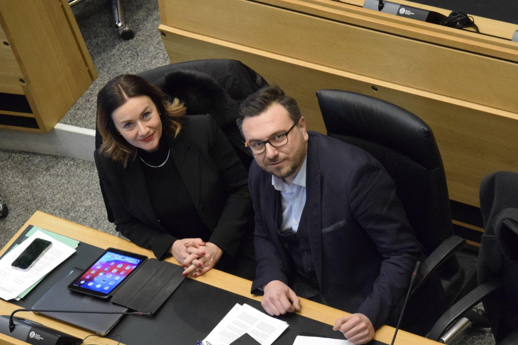 Landtag begehrt umgehende Abschiebung von straffälligen Ausländern