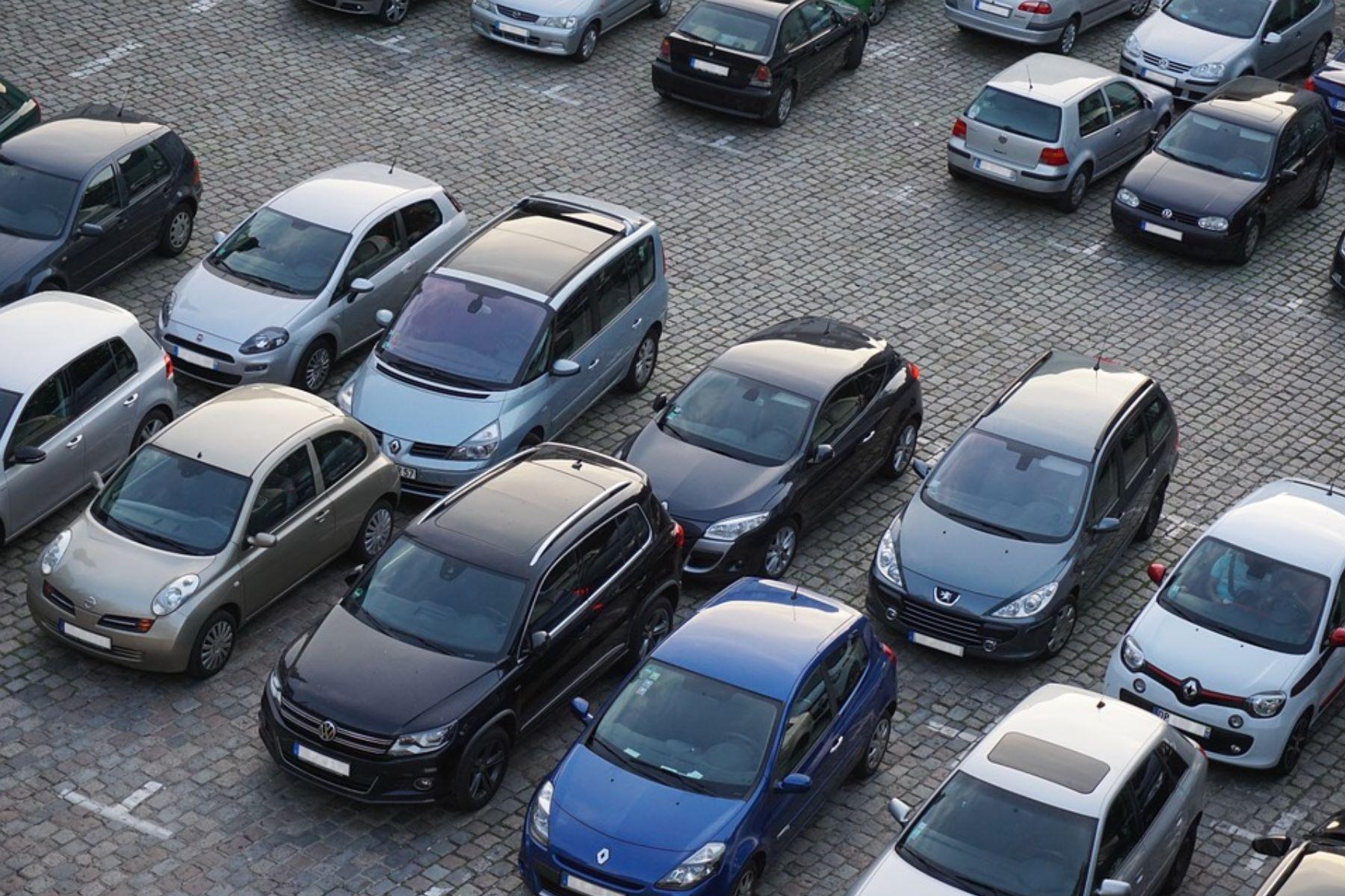 Aktuelle Fragestunde | Parkplatzregelung bei Krankenhäusern mit Augenmaß
