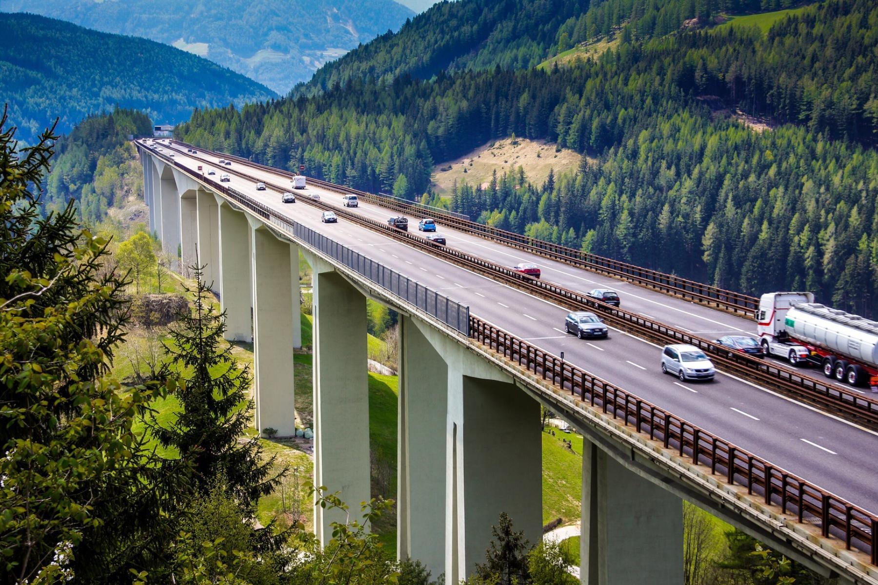 Freiheitliche fordern politisches Tempo auf Brennerautobahn