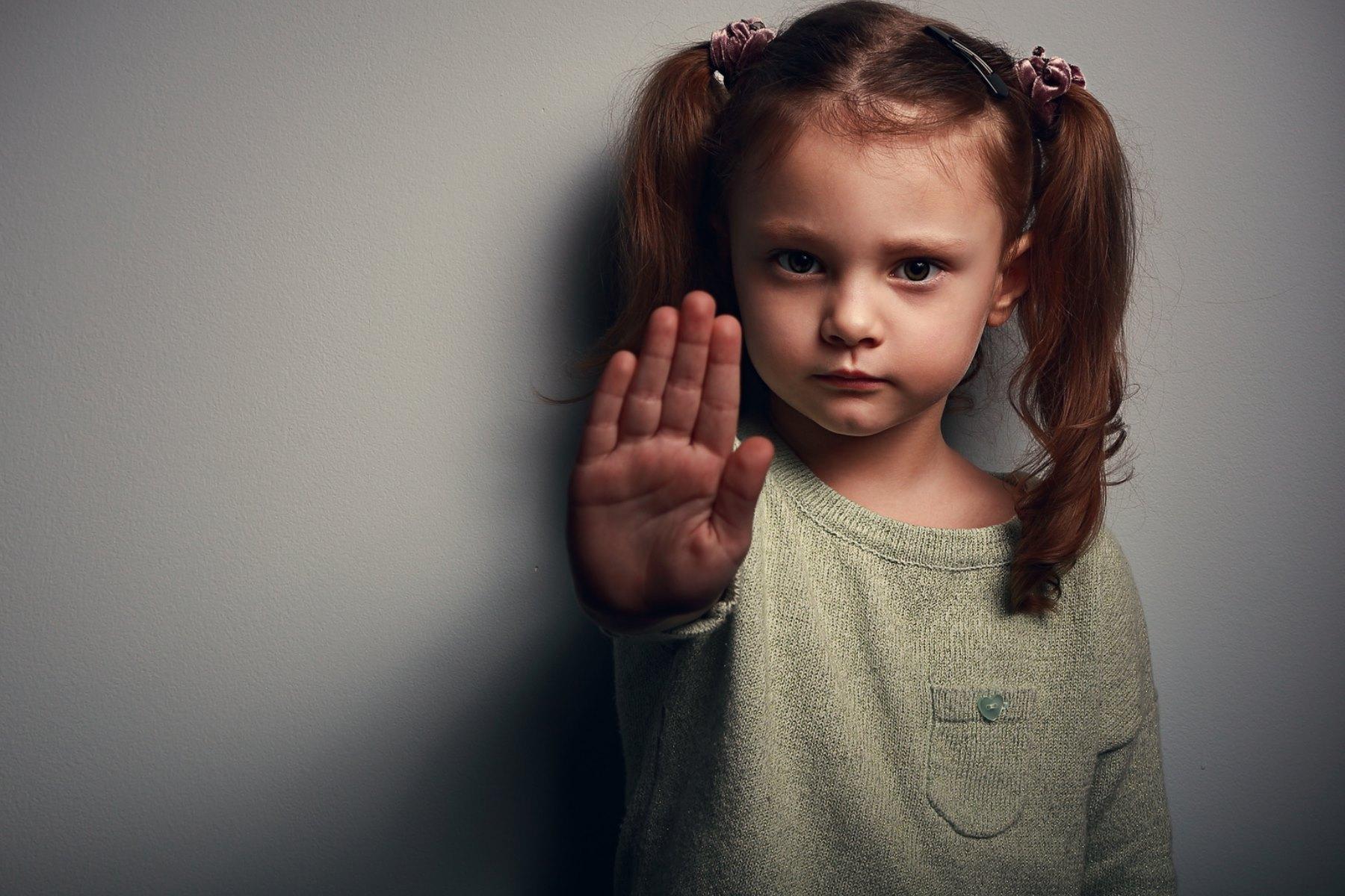 Anfrage | Misshandlung zweier Mädchen durch einen Nicht-EU-Bürger