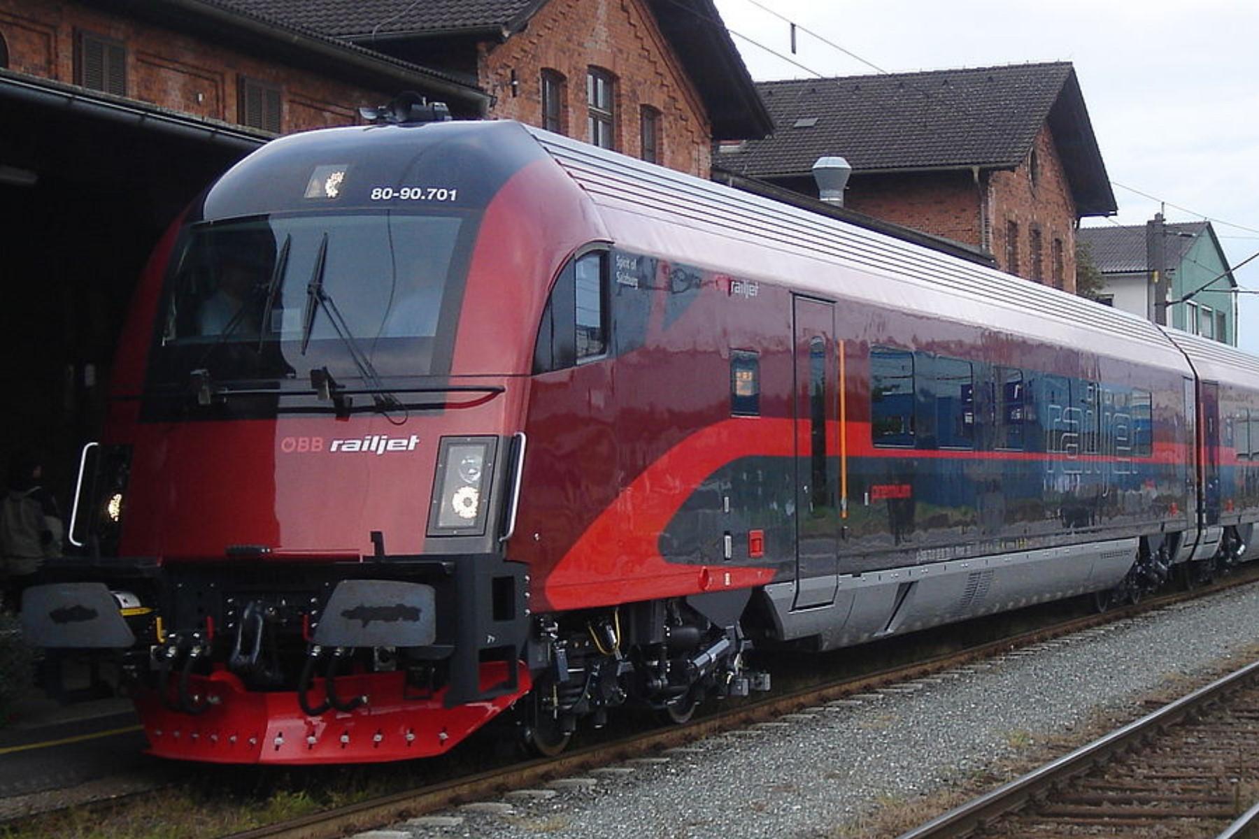 """Railjet-Verbindung Bozen-Wien nimmt Fahrt auf!"