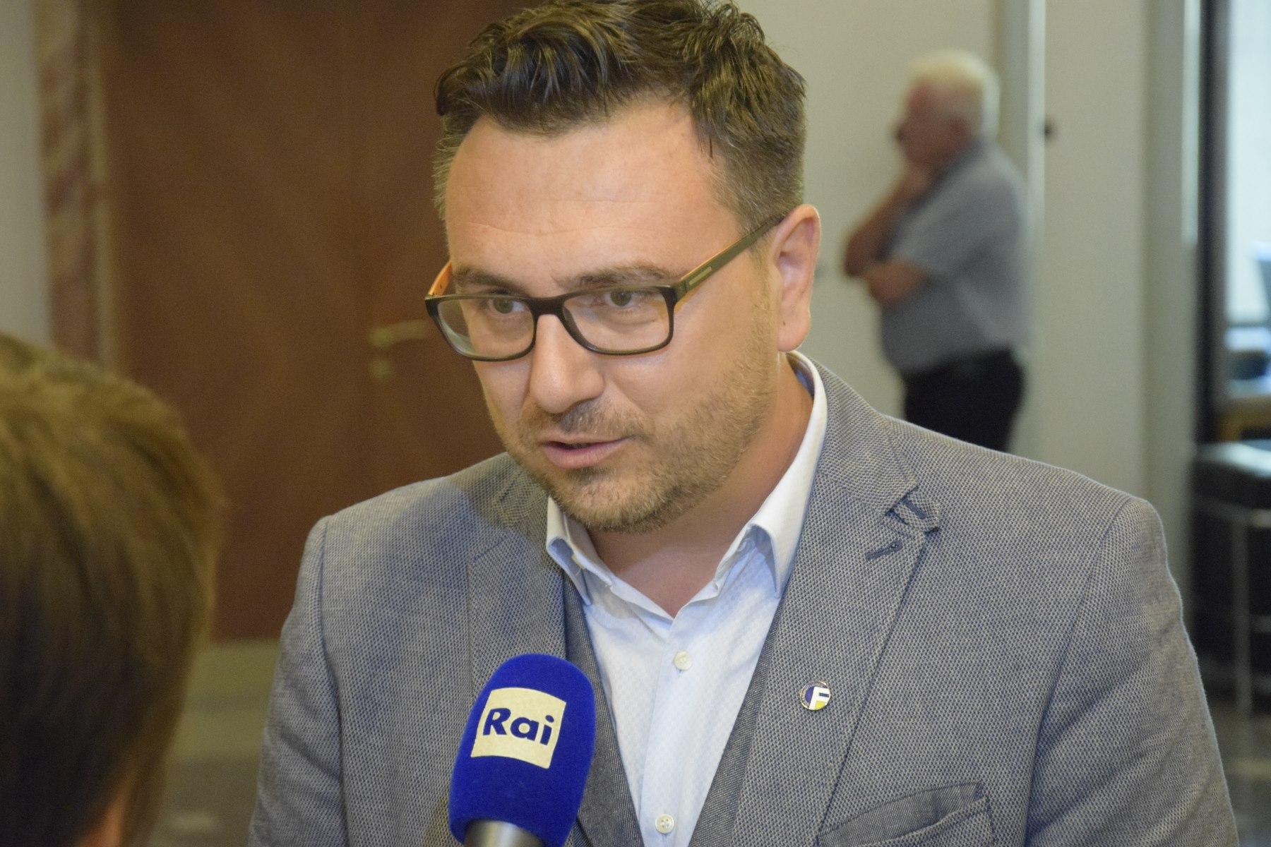 """Leiter Reber spricht im """"Morgengespräch"""" auf Rai Südtirol über das politische Karriereende von HC Strache"""