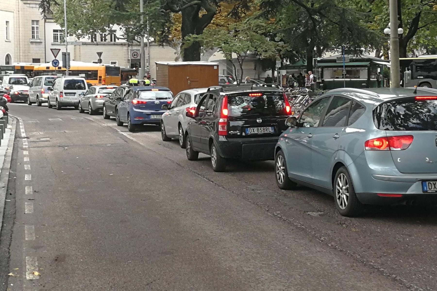 Fehlgeleitete Verkehrspolitik blockiert Bozen