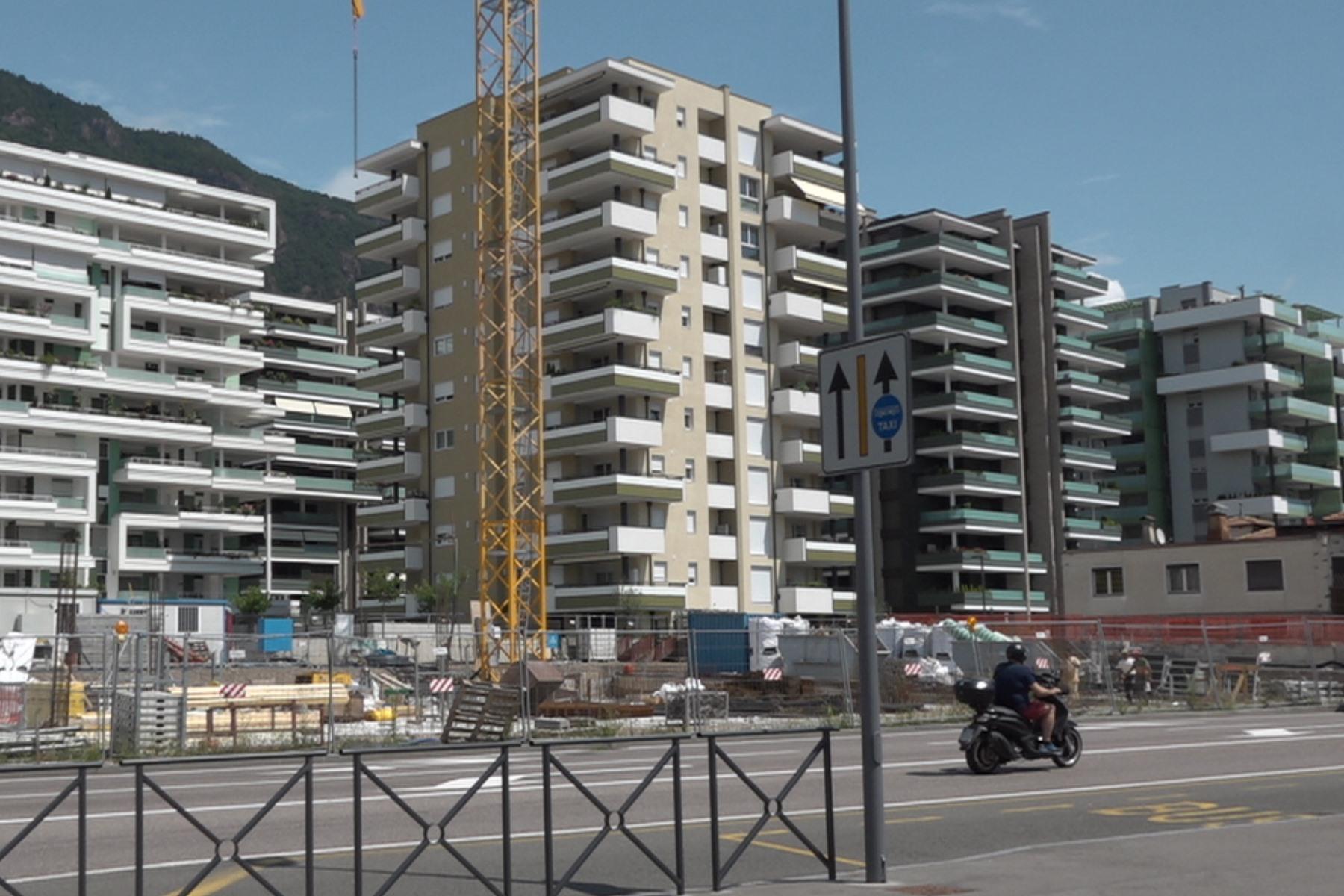 Anfrage | Wohnungsbestand des Insitutes für sozialen Wohnbau des Landes Südtirol (WOBI)
