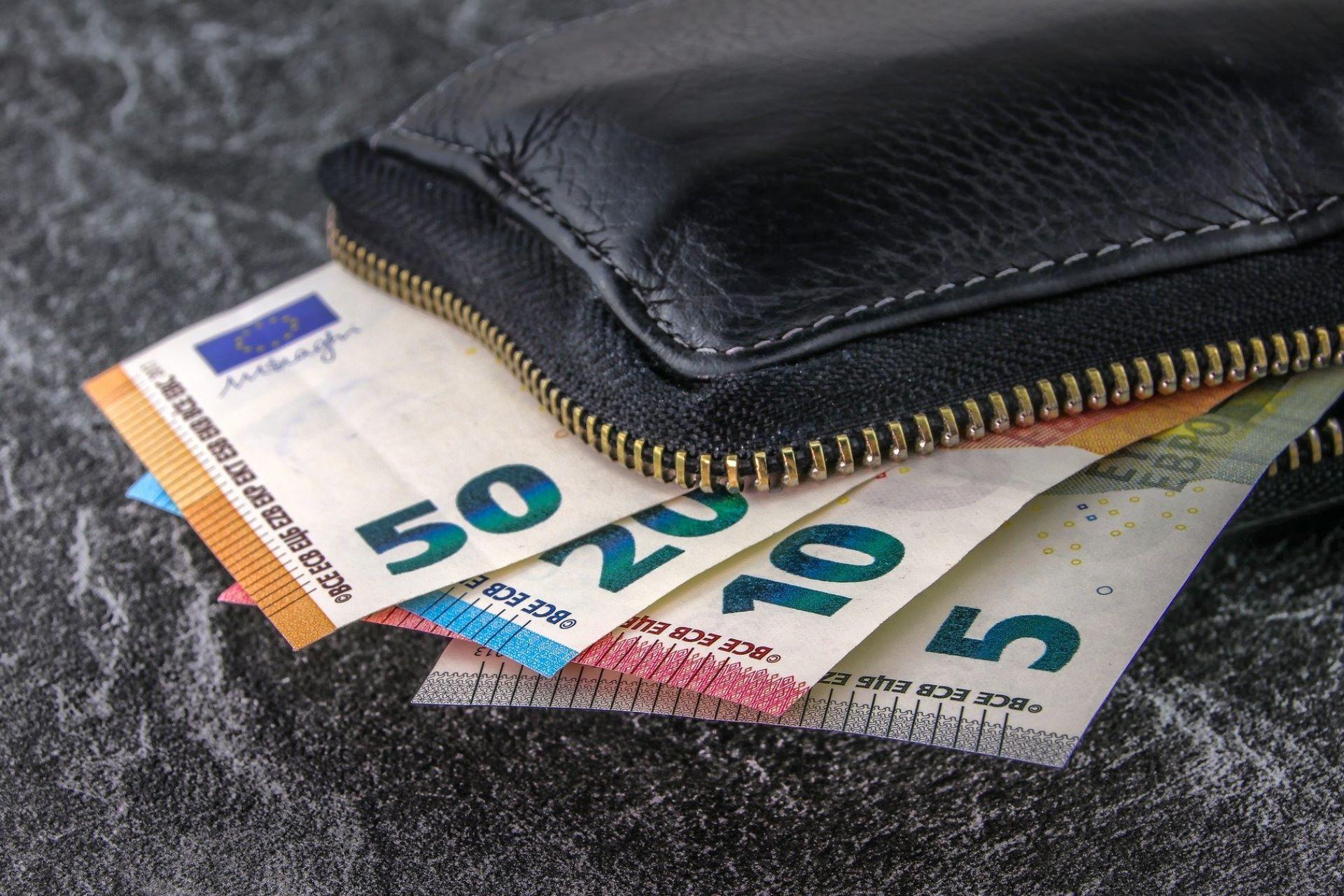 Anfrage | Beschluss der LR Nr. 1182 vom 30.12.2019 – Integration: Richtlinien für den Anspruch von Nicht-EU-Bürgern auf zusätzliche Leistungen des Landes