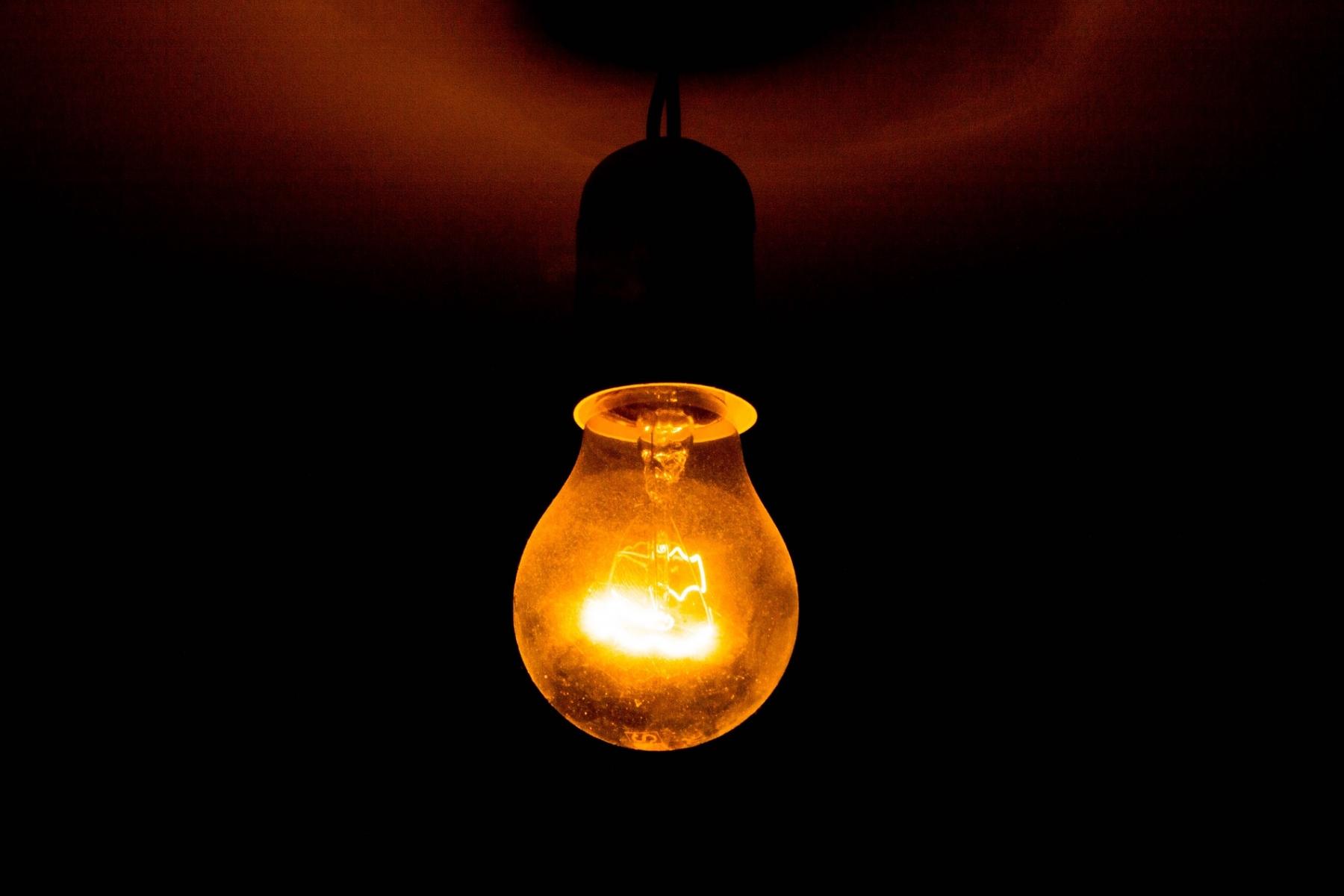 """""""Strom-Bonus"""" – Es bleibt bei gebrochenen Versprechen und Ankündigungen"""