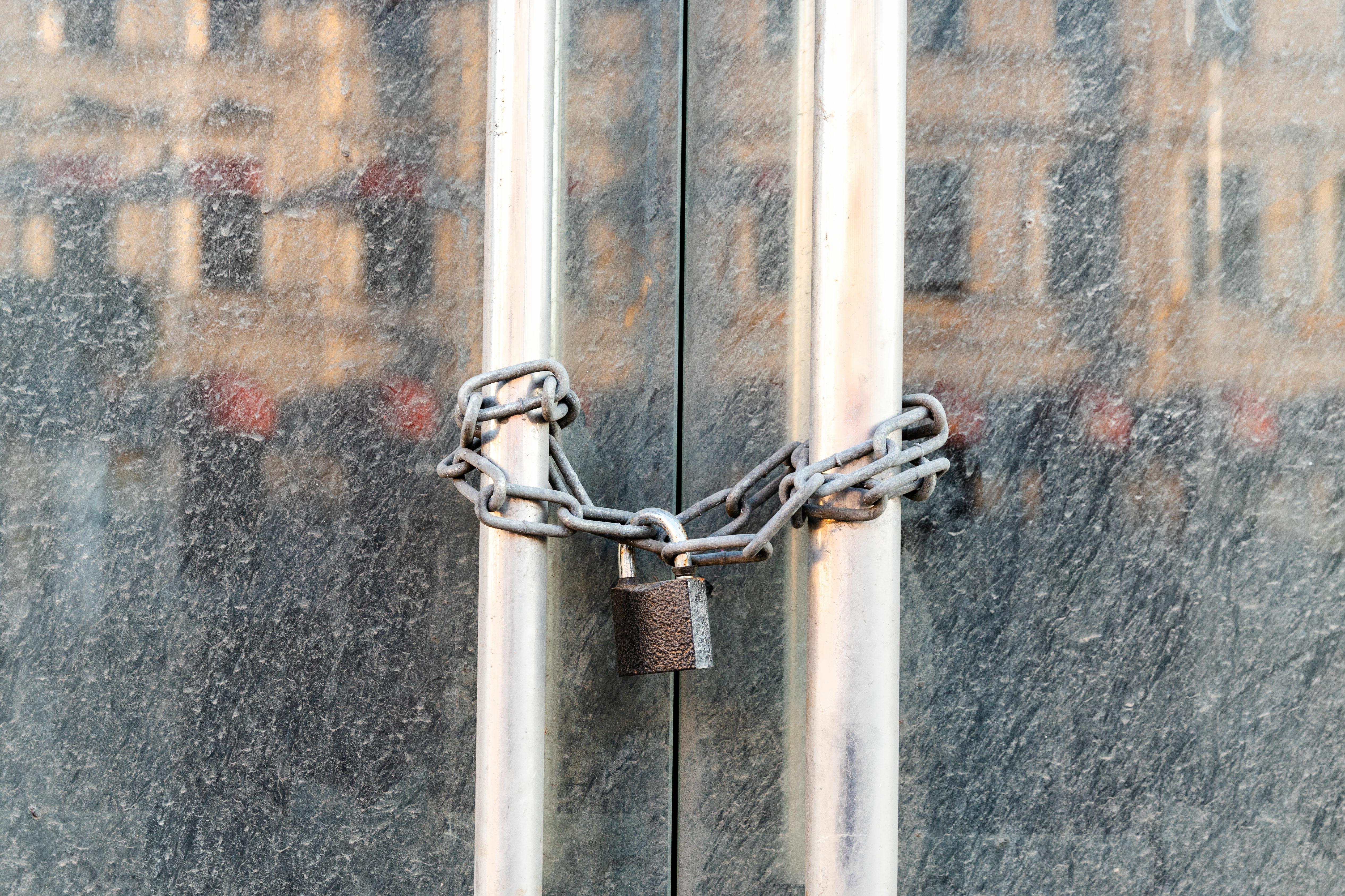 Noch mehr Chaos durch Tingeltangel-Lockdown