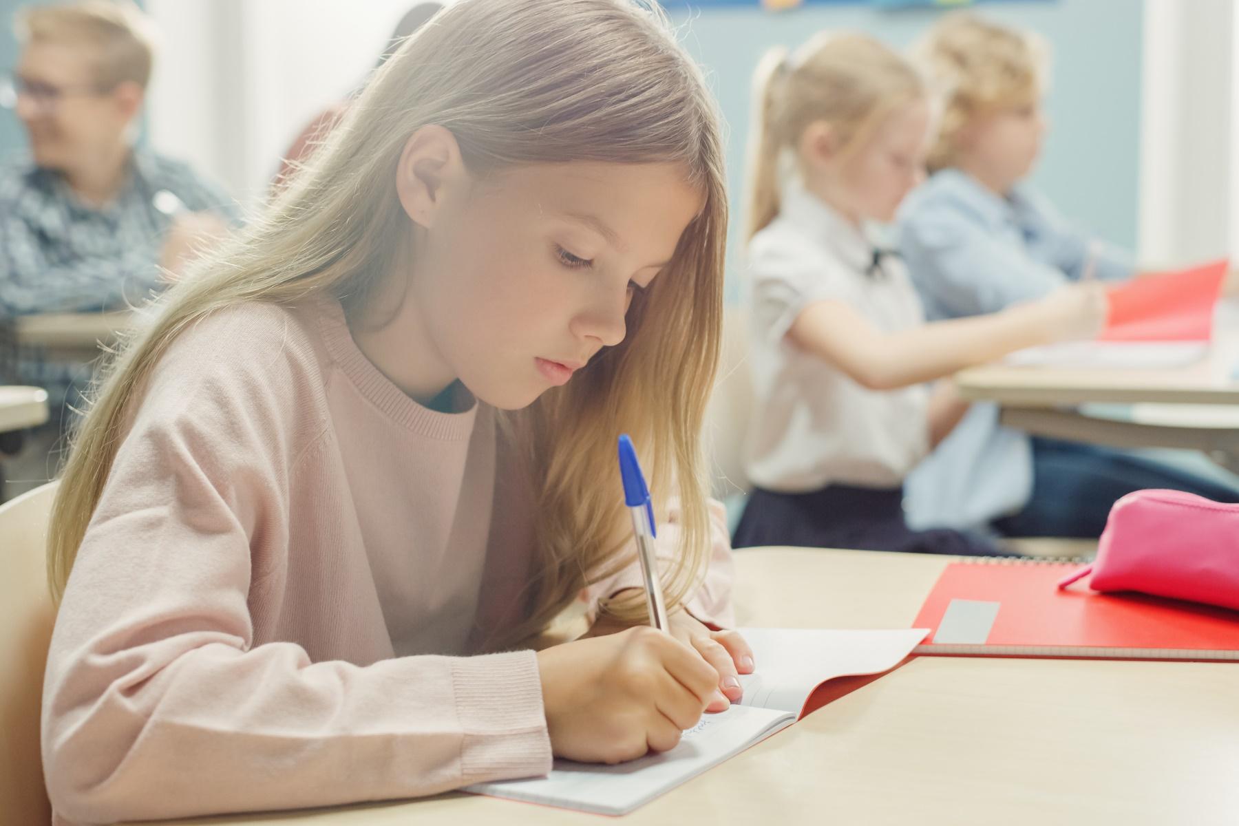 Streichung der Schulbücher sind völlig falsche Antwort auf Corona-Schuljahr!