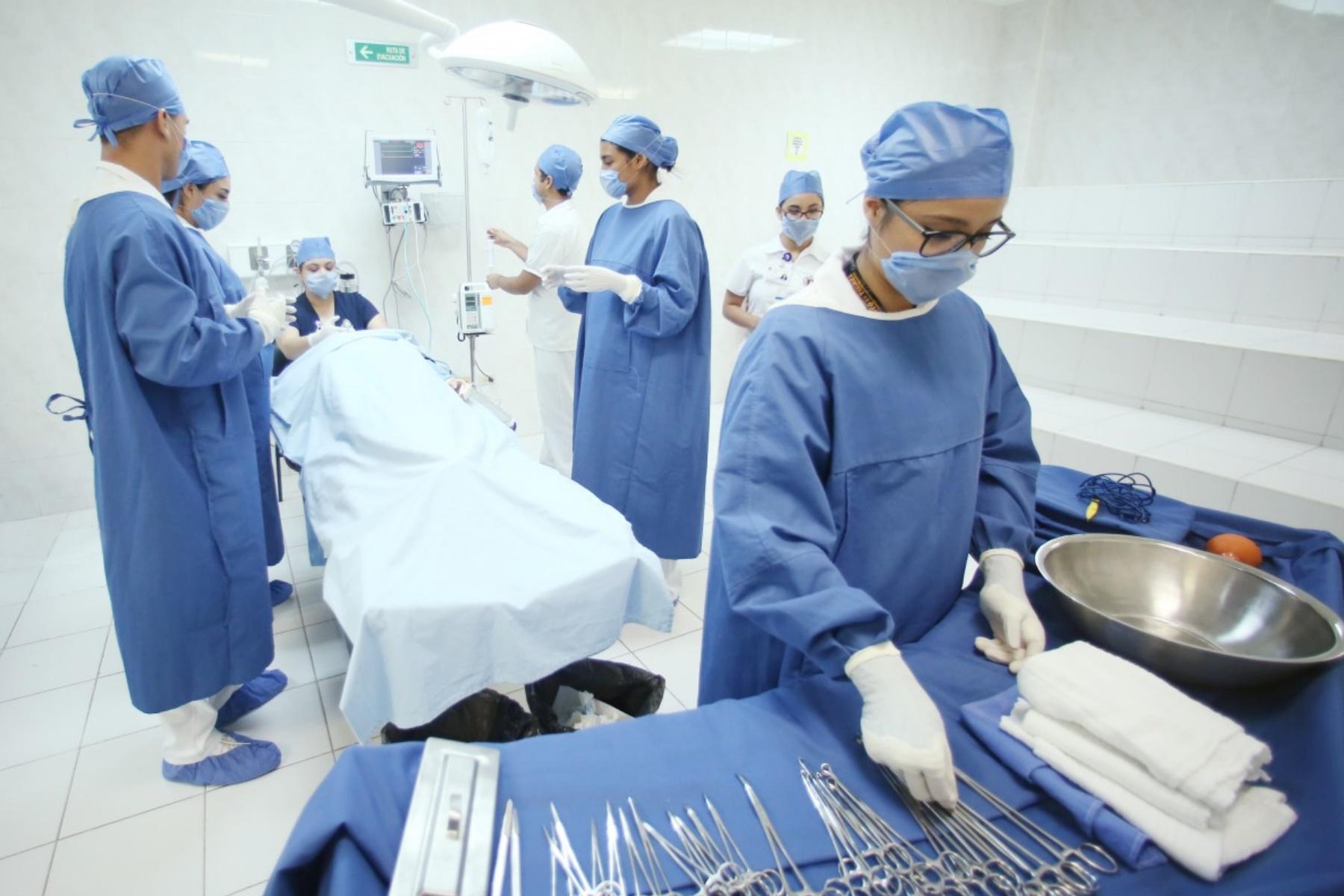 Aktuelle Fragestunde | Zurückgefahrene Dienste an den Krankenhäusern